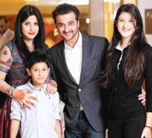 Shanaya Kapoor(Daughter ofSanjay Kapoor) Income in 2020, Netwoth, Upcoming Movies, Contact, Affairs, Family, Biography, Wiki, and More....