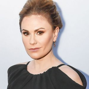 Anna Paquin Biography, Wiki, Net Worth, Height, Age, Dating, Family Weight