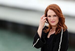 Julianne Moore Height And Weight