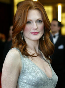 Julianne Moore Net Worth, Bio, Wiki, Age, Height, Career, Family, Facts
